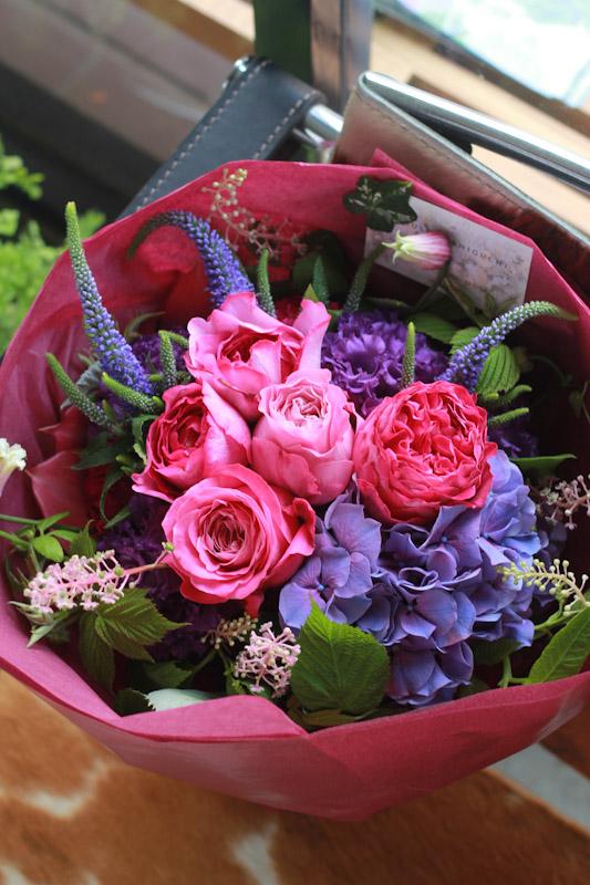 画像3: 77歳 喜寿お祝いのブーケ(紫色ベース)