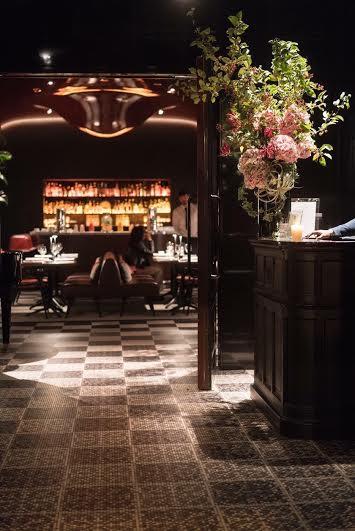 画像2: 写真集「パリの花束」【サイン入/ポストカード付】